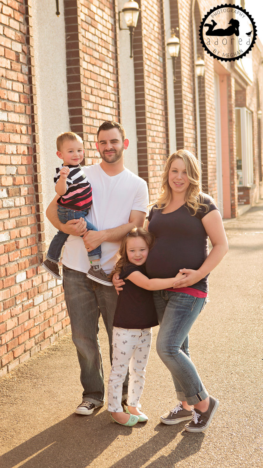 Family Downtown Urban Kennewick, WA Maternity Photographer Adored by Meghan photography