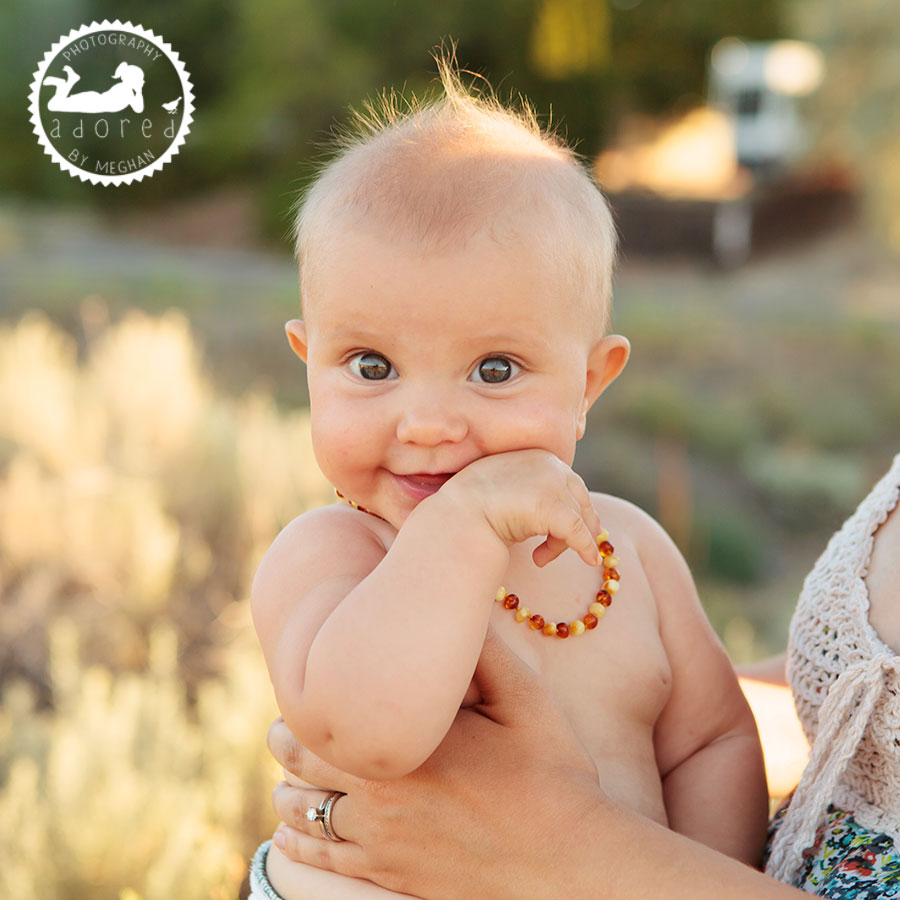 Cloth Diaper Amber necklace Kennewick photographer nursing session adored by meghan rickard photogrpahy