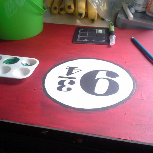 DIY Harry Potter Platform 9 3/4 sign for birthday party