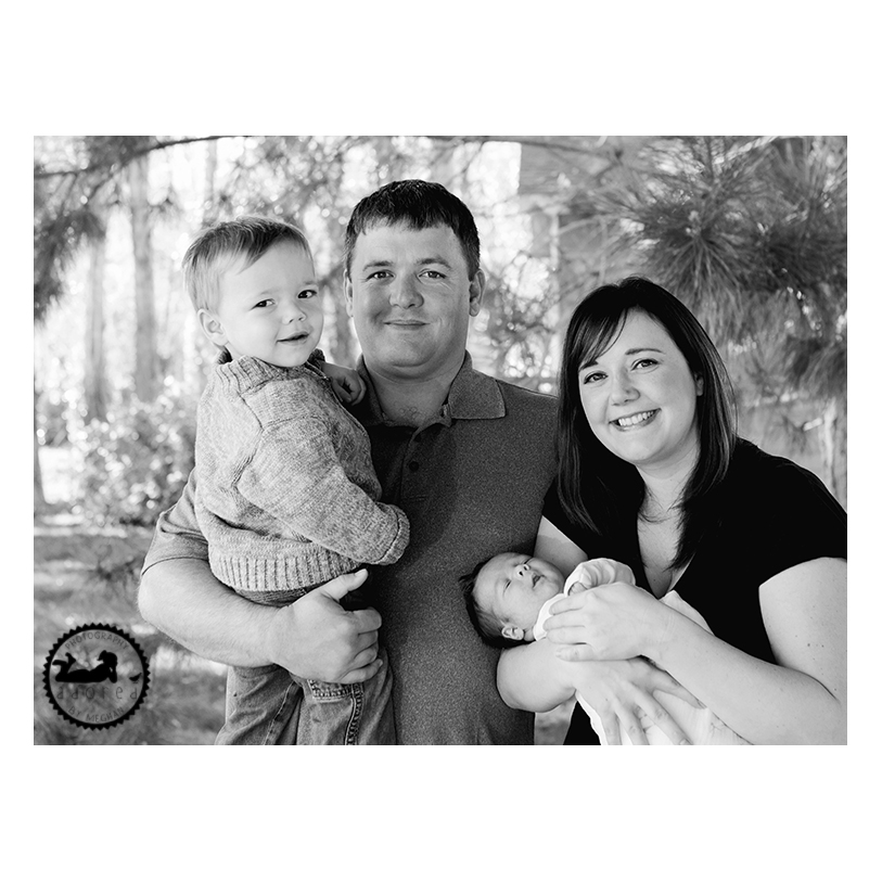 Family lifestyle photography. Photos by Adored by Meghan in Tri-Cities, WA