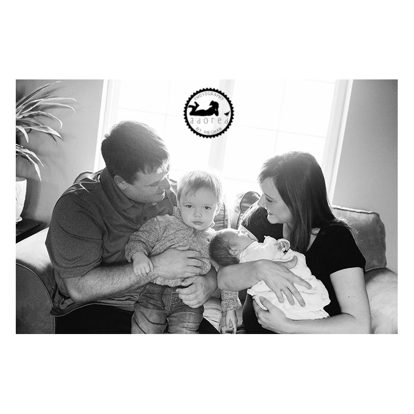 2015 Black & White Favorite Family Photo Newborn lifestyle in-home portrait session