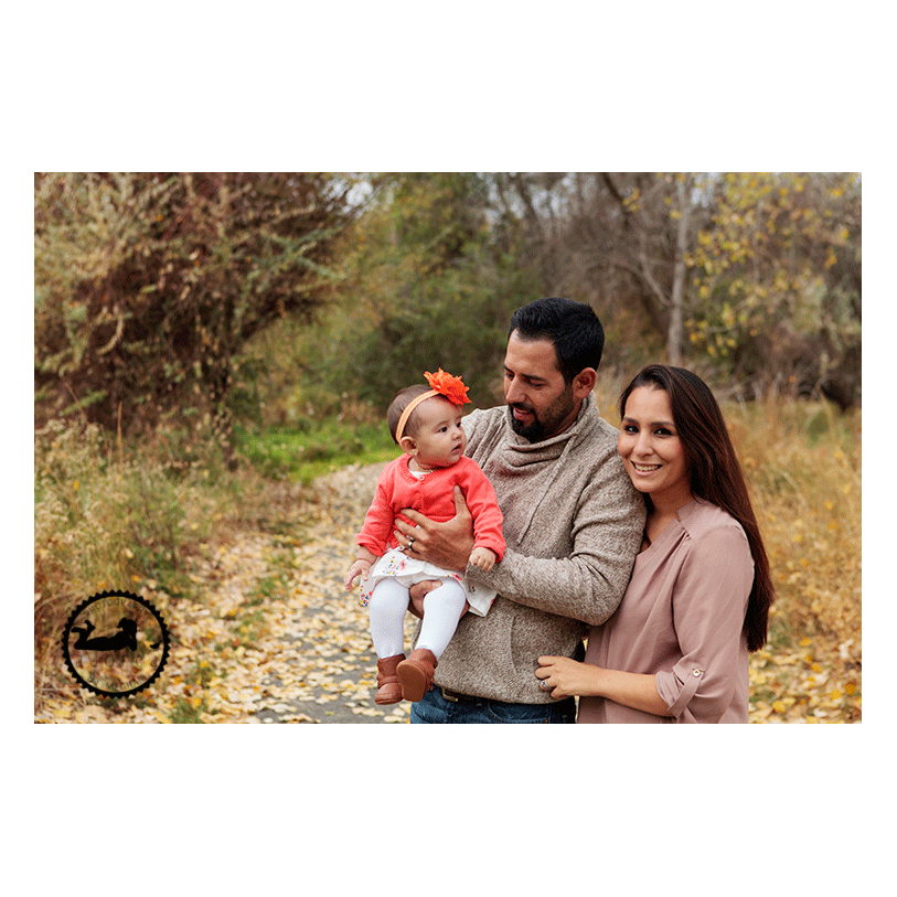 Family photos in Columbia Park, Kennewick, WA. Photographer: Adored by Meghan