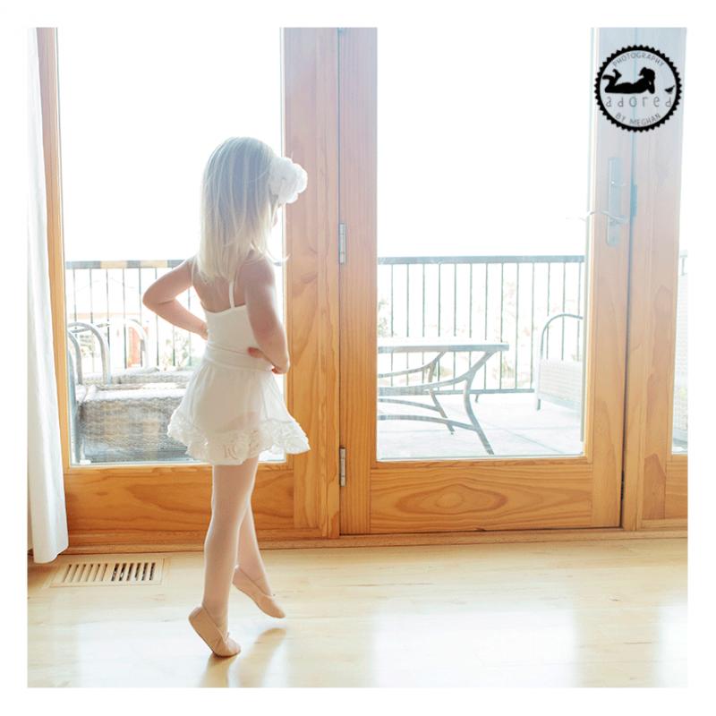 Lifestyle children's photographer. Little girls dream of being a beautiful ballerina. Photographer Adored by Meghan, Kennewick, WA