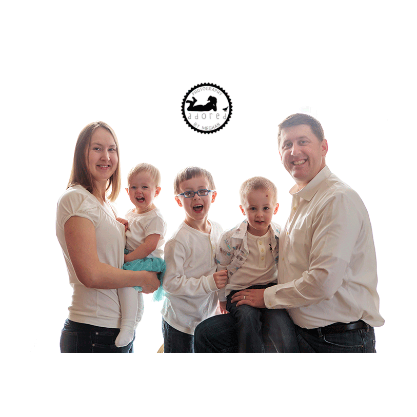 Family photos, Kennewick, Richland, Pasco, WA.  Photographer: Adored by Meghan photography.