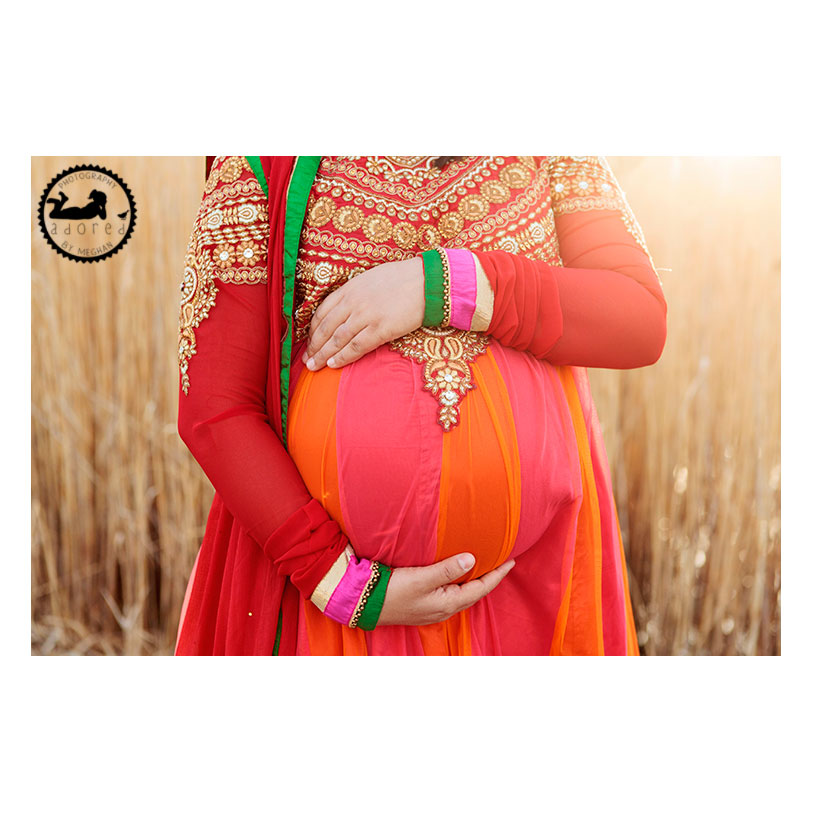 Richland Maternity Photograph backlit belly traditional Indian garb