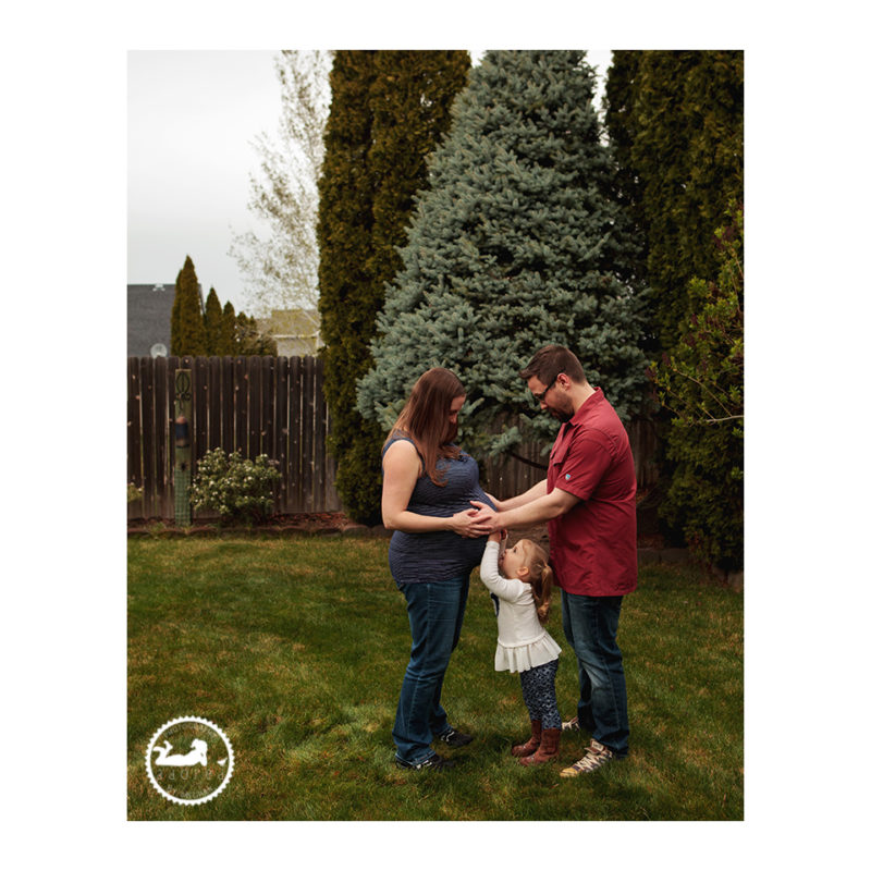 Family maternity photos by Adored by Meghan Kennewick WA